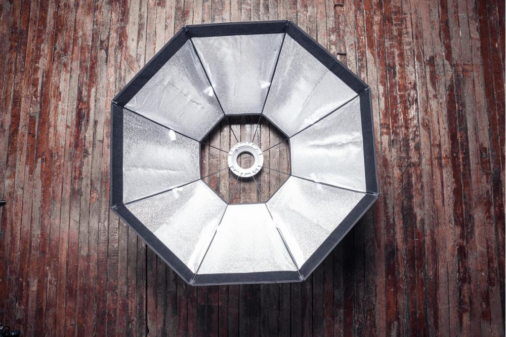 Студийный октобокс диаметром 120 см, байонет bowens c сеткой.